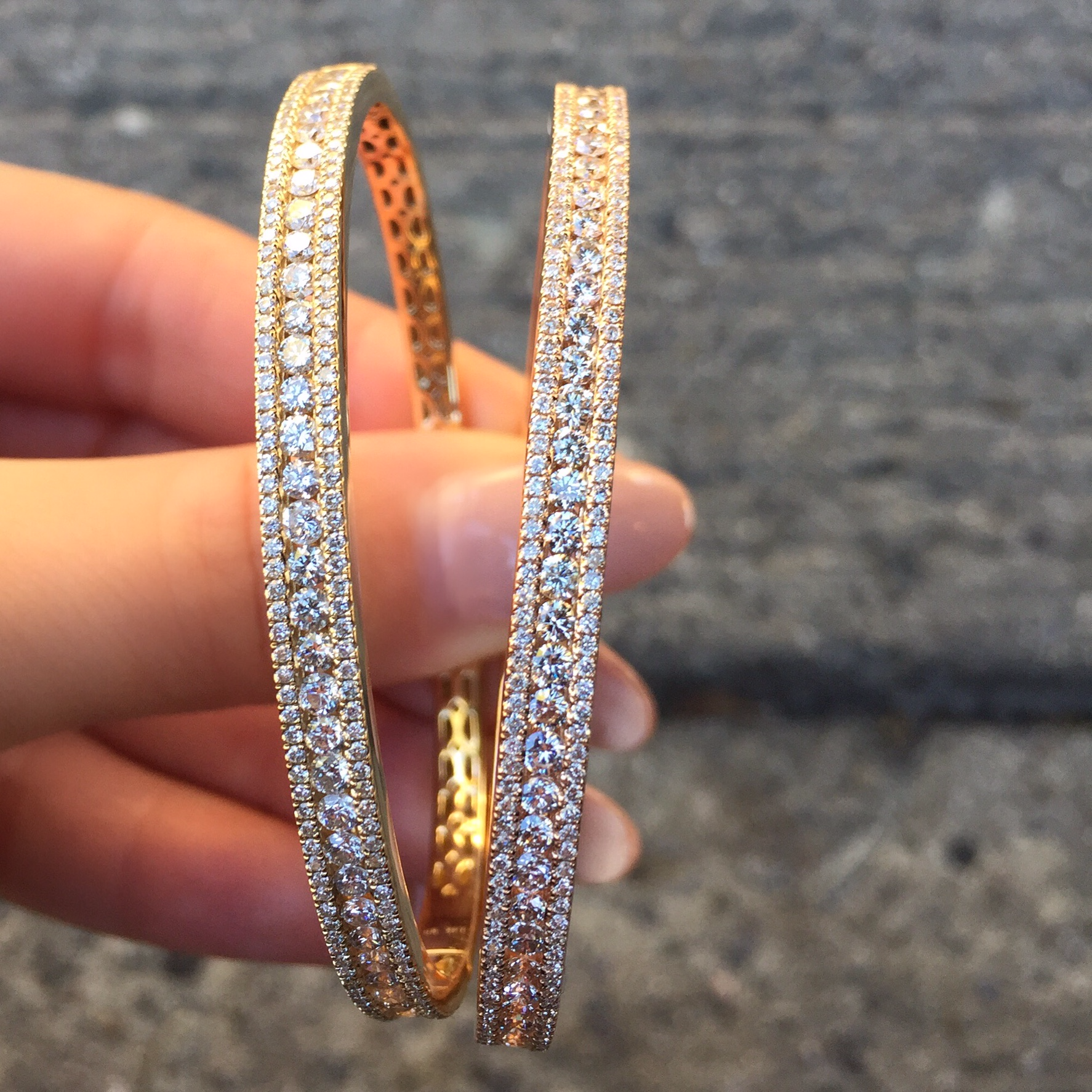 bracelets bangle yellow tw rose bar earrings blue gold sapphire stackable bangles bracelet couture new band bella pave gorgeous fine white diamond carat ring necklace